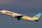 T.Kenさんが、羽田空港で撮影したAIR DO 767-33A/ERの航空フォト(飛行機 写真・画像)