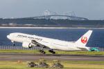 jjieさんが、羽田空港で撮影した日本航空 777-246/ERの航空フォト(写真)