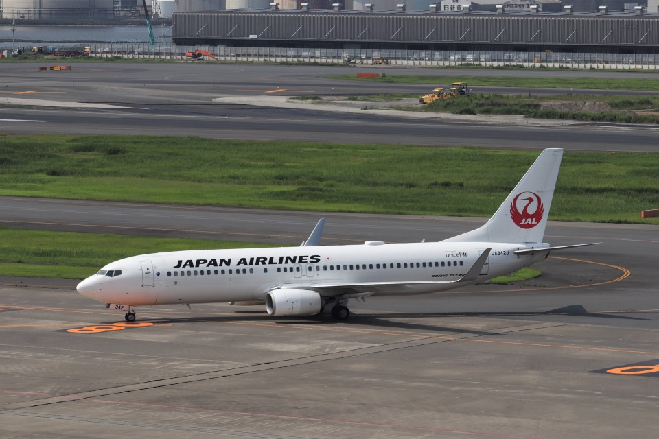 KAZFLYERさんの日本航空 Boeing 737-800 (JA342J) 航空フォト