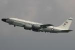 MOR1(新アカウント)さんが、嘉手納飛行場で撮影したアメリカ空軍 RC-135W (717-158)の航空フォト(写真)