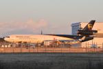 panchiさんが、成田国際空港で撮影したUPS航空 MD-11Fの航空フォト(写真)