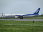 ノリださんが、宮古空港で撮影した全日空 767-381/ERの航空フォト(写真)