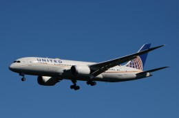 JMBResonaさんが、ワシントン・ダレス国際空港で撮影したユナイテッド航空 787-8 Dreamlinerの航空フォト(飛行機 写真・画像)