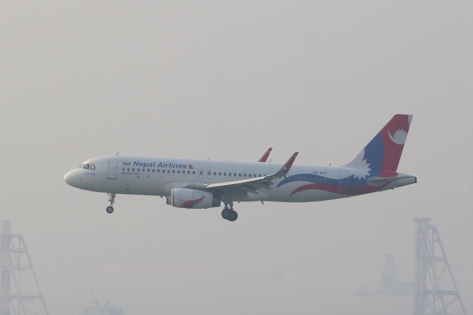 OS52さんのネパール航空 Airbus A320 (9N-AKX) 航空フォト