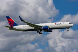 ぱん_くまさんが、成田国際空港で撮影したデルタ航空 767-332/ERの航空フォト(写真)