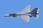 るかぬすさんが、小松空港で撮影したアメリカ空軍 F-16CM-50-CF Fighting Falconの航空フォト(写真)