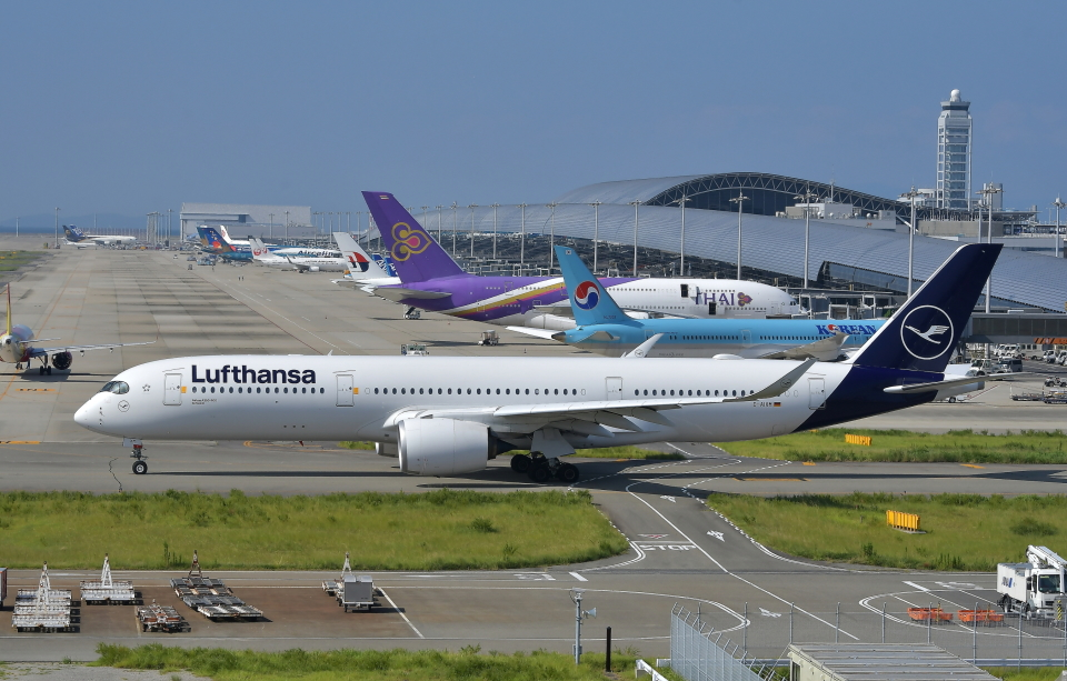 kix-booby2さんのルフトハンザドイツ航空 Airbus A350-900 (D-AIXM) 航空フォト