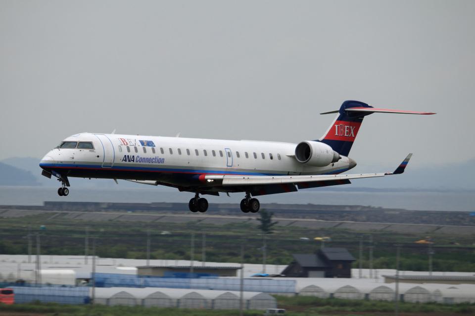 Wasawasa-isaoさんのアイベックスエアラインズ Bombardier CRJ-700 (JA10RJ) 航空フォト