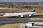 NIKEさんが、O・R・タンボ国際空港で撮影した南アフリカ航空 A340-642の航空フォト(写真)