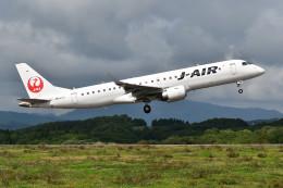 Dojalanaさんが、函館空港で撮影したジェイエア ERJ-190-100(ERJ-190STD)の航空フォト(飛行機 写真・画像)