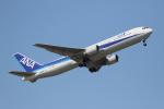 徳兵衛さんが、小松空港で撮影した全日空 767-381/ERの航空フォト(写真)