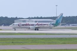 JA1118Dさんが、オーランド国際空港で撮影したカリビアン航空 737-8Q8の航空フォト(飛行機 写真・画像)