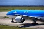 T.Sazenさんが、関西国際空港で撮影したKLMオランダ航空 777-206/ERの航空フォト(写真)