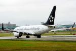 アングリー J バードさんが、福岡空港で撮影したユナイテッド航空 737-724の航空フォト(写真)