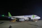 やまさんが、ビン空港で撮影したバンブー・エアウェイズ A320-200の航空フォト(写真)