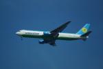 FRTさんが、ブヌコボ国際空港で撮影したウズベキスタン航空 767-33P/ERの航空フォト(飛行機 写真・画像)