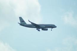 FRTさんが、プルコヴォ空港で撮影したロシア航空 Tu-204-300の航空フォト(飛行機 写真・画像)