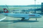 FRTさんが、ドモジェドヴォ空港で撮影したスイスインターナショナルエアラインズ A320-214の航空フォト(飛行機 写真・画像)