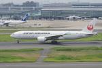 神宮寺ももさんが、羽田空港で撮影した日本航空 777-246/ERの航空フォト(写真)