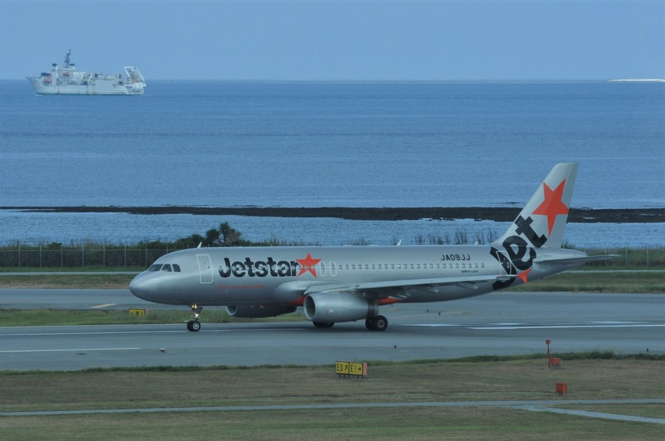 kumagorouさんのジェットスター・ジャパン Airbus A320 (JA09JJ) 航空フォト