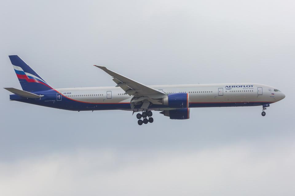 mameshibaさんのアエロフロート・ロシア航空 Boeing 777-300 (VQ-BUB) 航空フォト