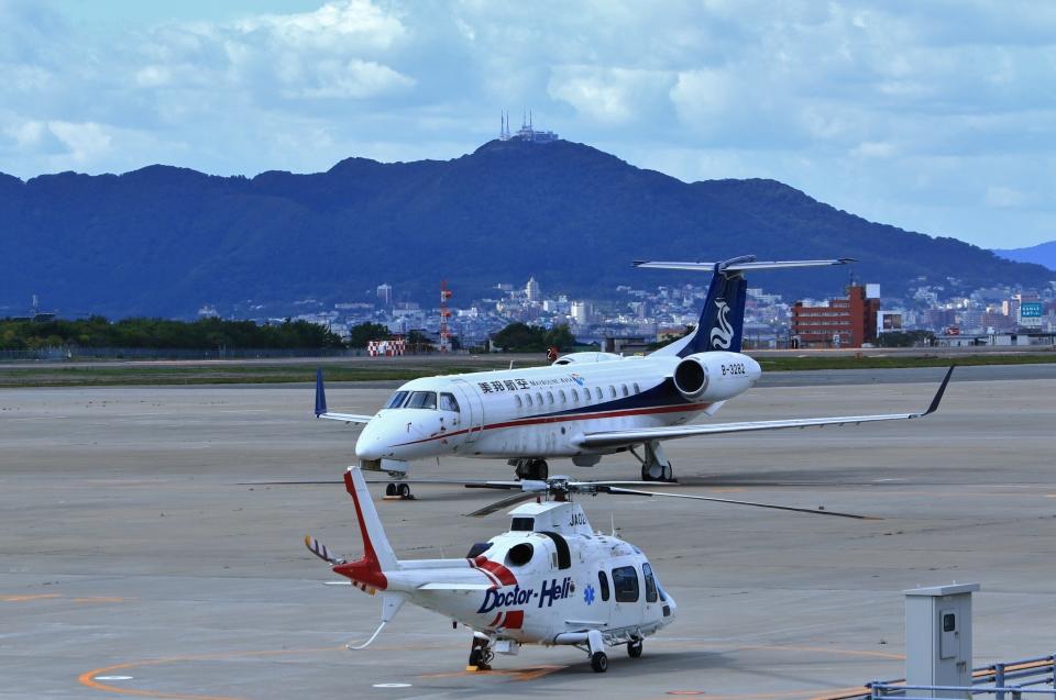 Airway-japanさんの華龍航空 Embraer ERJ-135 (B-3282) 航空フォト