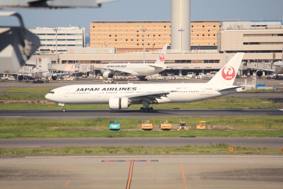 keitsamさんの日本航空 Boeing 777-200 (JA009D) 航空フォト