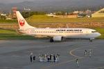 るかぬすさんが、小松空港で撮影した日本航空 737-846の航空フォト(写真)