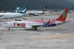 TIA spotterさんが、香港国際空港で撮影したティーウェイ航空 737-8KGの航空フォト(飛行機 写真・画像)