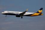 Tia spotterさんが、ロンドン・ガトウィック空港で撮影したトーマスクック・エアラインズ A321-231の航空フォト(写真)
