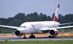 キットカットさんが、成田国際空港で撮影したオーストリア航空 777-2B8/ERの航空フォト(写真)