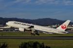mild lifeさんが、伊丹空港で撮影した日本航空 777-246の航空フォト(写真)