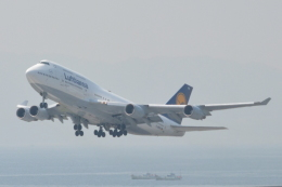 Cherry blossoms さんが、関西国際空港で撮影したルフトハンザドイツ航空 747-430の航空フォト(飛行機 写真・画像)