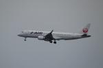レドームさんが、羽田空港で撮影したジェイ・エア ERJ-190-100(ERJ-190STD)の航空フォト(写真)