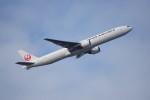senbaさんが、羽田空港で撮影した日本航空 777-346の航空フォト(写真)