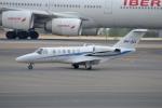 IL-18さんが、マドリード・バラハス国際空港で撮影した不明 525A Citation CJ2+の航空フォト(写真)