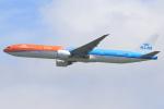 気分屋さんが、成田国際空港で撮影したKLMオランダ航空 777-306/ERの航空フォト(飛行機 写真・画像)