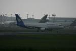 アイスコーヒーさんが、成田国際空港で撮影したラオス国営航空 A320-214の航空フォト(飛行機 写真・画像)