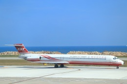 ぽっぽさんが、金門空港で撮影した遠東航空 MD-82 (DC-9-82)の航空フォト(飛行機 写真・画像)