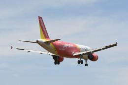 航空フォト:VN-A699 ベトジェットエア A320
