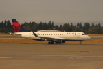 uhfxさんが、シアトル タコマ国際空港で撮影したコンパス航空 ERJ-170-200 LR (ERJ-175LR)の航空フォト(飛行機 写真・画像)