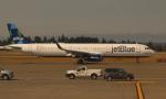 uhfxさんが、シアトル タコマ国際空港で撮影したジェットブルー A321-231の航空フォト(飛行機 写真・画像)