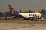 uhfxさんが、シアトル タコマ国際空港で撮影したアトラス航空 747-45EF/SCDの航空フォト(飛行機 写真・画像)