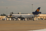 uhfxさんが、シアトル タコマ国際空港で撮影したルフトハンザ・カーゴ MD-11Fの航空フォト(飛行機 写真・画像)