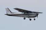 Timothyさんが、龍ケ崎飛行場で撮影した新中央航空 172P Skyhawk IIの航空フォト(写真)
