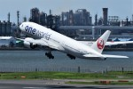 k-spotterさんが、羽田空港で撮影した日本航空 777-246/ERの航空フォト(写真)
