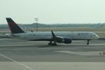 uhfxさんが、ジョン・F・ケネディ国際空港で撮影したデルタ航空 757-231の航空フォト(写真)