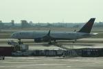 uhfxさんが、ジョン・F・ケネディ国際空港で撮影したデルタ航空 757-2Q8の航空フォト(写真)