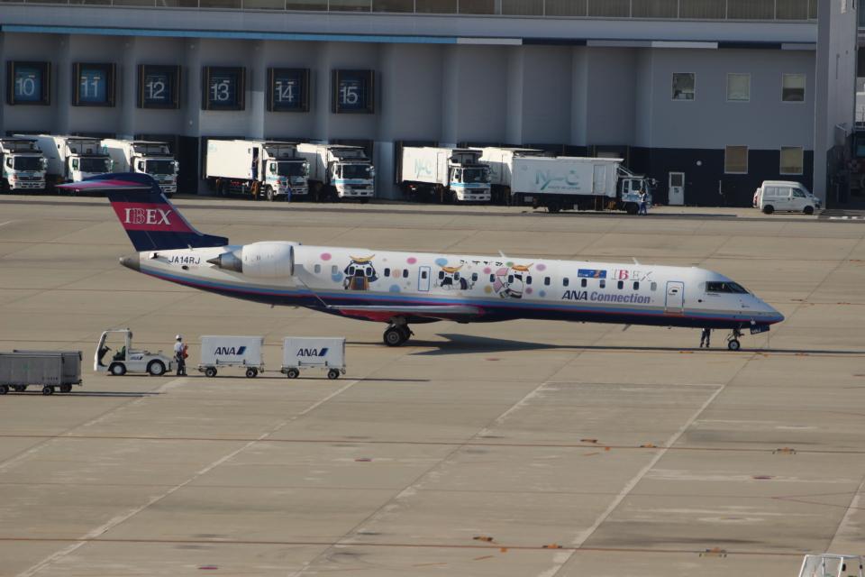 uhfxさんのアイベックスエアラインズ Bombardier CRJ-700 (JA14RJ) 航空フォト