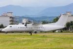 たーぼーさんが、横田基地で撮影したアメリカ企業所有 DHC-8-315B Dash 8の航空フォト(写真)